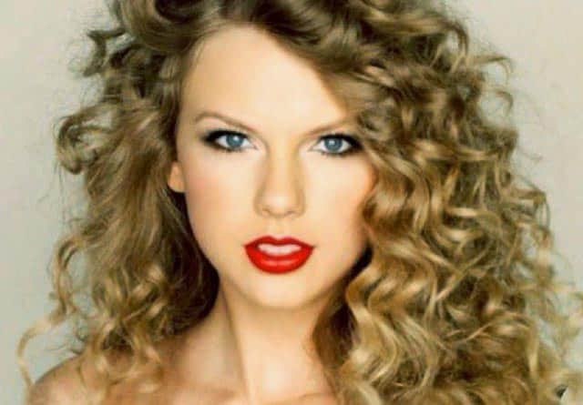 Taylor-Swift-Curly -Hairstyles-hair-toppers-laylahair